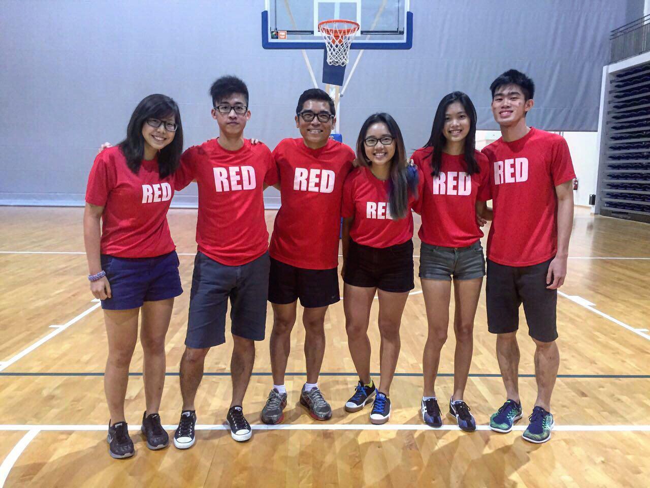 Red Crew 2016. L-R: Denise Chia, Chan Hua Zheng, Les Tan (Editor), Edina Tan, Tamara Lie, Dylan Chua
