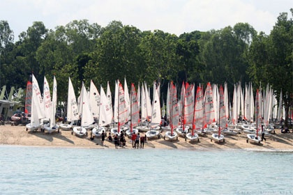 Singapore National 420 & Byte Championship & Singapore Laser Trophy - Day 1