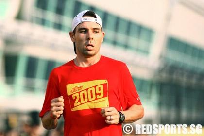 nike human 10k race