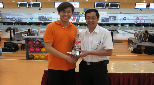 Travis Tay upsets seasoned keglers enroute to National Classic title