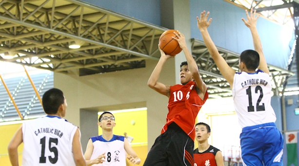 National C Div Bball: Buzzer-beater gives North Vista 46-45 win over previously-undefeated Catholic High