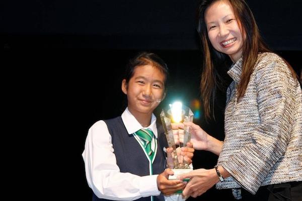 yukie yokoyama overall best girl award 2012