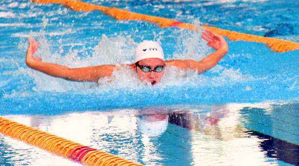 C Div 50m Butterfly (Girls): Hoong En Qi of Sports School takes gold in record time of 28.69s