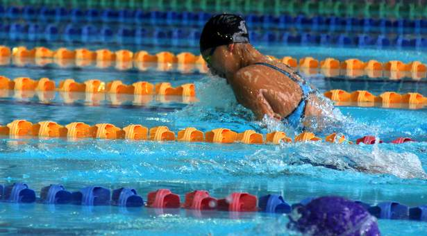 B Div 100m Breaststroke (Girls): Samantha Yeo of RGS wins gold in new meet record of 1:11.90