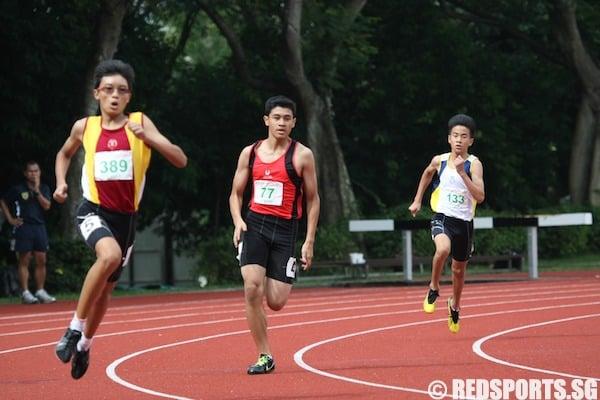 c div boys 400m final