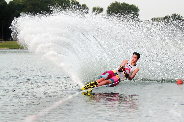 mark leong - waterski