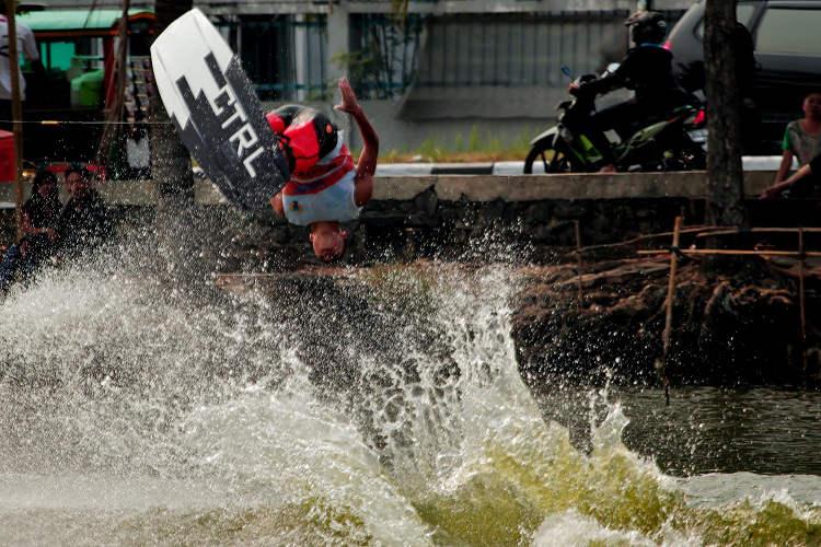samuel chua wakeboard
