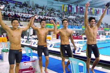 SEA Games swimming: Singapore men's 4x200m freestyle relay quartet fend off Malaysia to win 5th consecutive gold
