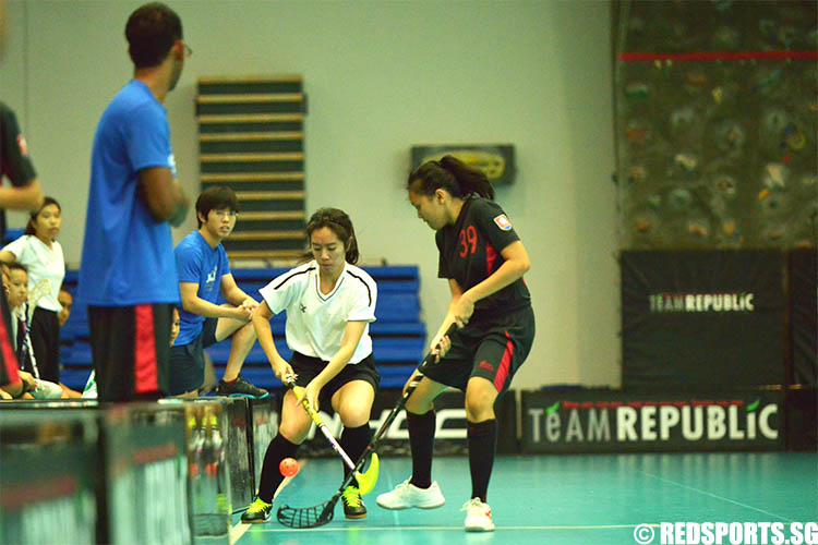 adiv-floorball-girls-tpjc-v-nyjc-9may-01