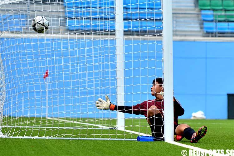 adiv-football-boys-firstsecond-mjc-v-sajc--26may-01