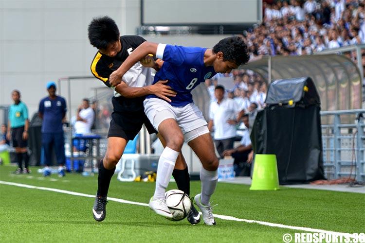 adiv-football-boys-firstsecond-mjc-v-sajc--26may-04