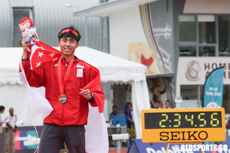 Soh Rui Yong (SIN) clinched gold with a time of 2 hours 34.56 minutes. (Photo © Lee Jian Wei/Red Sports)