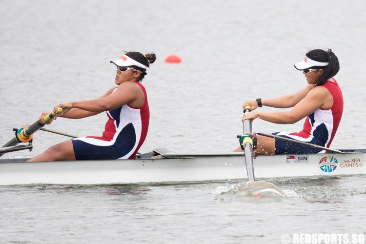 sea-rowing-girls-bronze-1