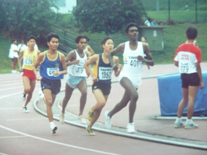 (Right to Left) C Veeramani (leading), Nigel Foo, Harpreet Singh, and Remy Gan at an Under 17 1500m race at the Caltex Age Group Championships held in 1993. (Photo courtesy of Nicholas Foo)