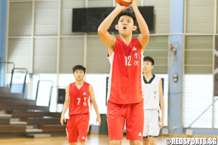 Shi Yu (Edgefield #12) shoots a free-throw.(Photo 5 © Dylan Chua/Red Sports)