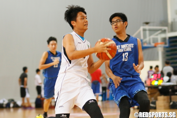 A Raffles player on his way to the basket.(Photo 10 © Dylan Chua/Red Sports)