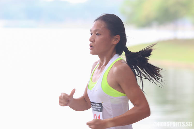 Nicole Low (#2101) of VJC emerged first in the A Division Girls category with a timing of 13:46.33. (Photo © Chua Kai Yun/Red Sports)