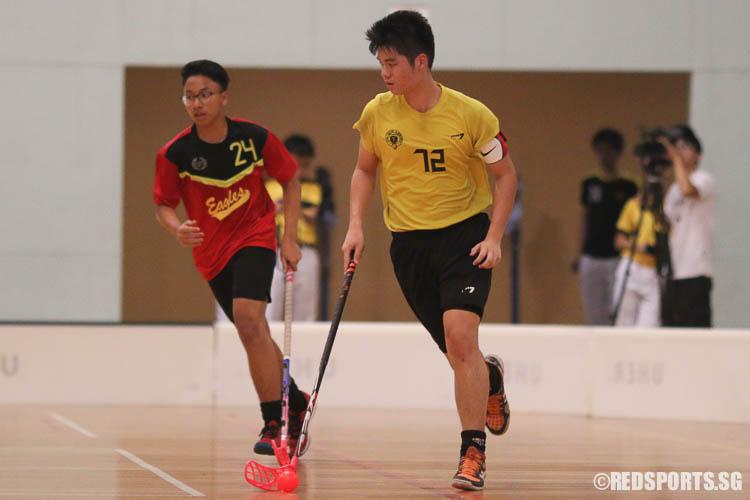 Ryan Tham (VS #72) plays against East View Secondary. (Photo © Chua Kai Yun/Red Sports)