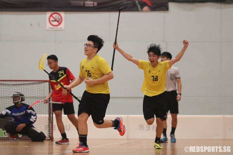 Ng Jun Wei (VS #76) and Tan Ding Feng (VS #78) celebrates as Ng scored the team's second goal. (Photo © Chua Kai Yun/Red Sports)