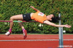 Jezebel Koh (#88) of Singpore Sports School clears 1.52m to take home gold. (Photo © Chua Kai Yun/Red Sports)