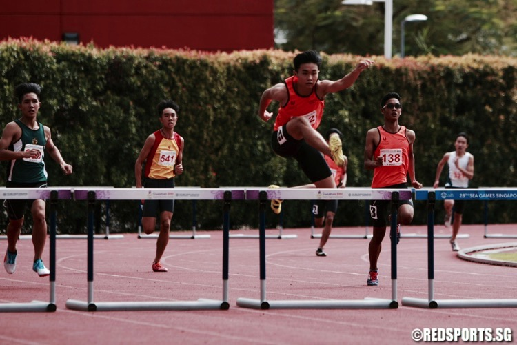 b div 400m hurdles