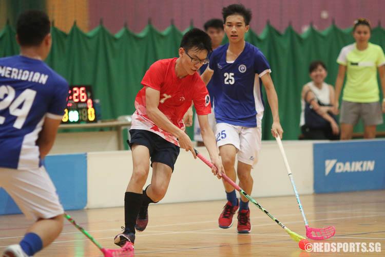 Micaiah Tang (RVHS #7) steers the ball nearer to goal. (Photo © Chua Kai Yun/Red Sports)