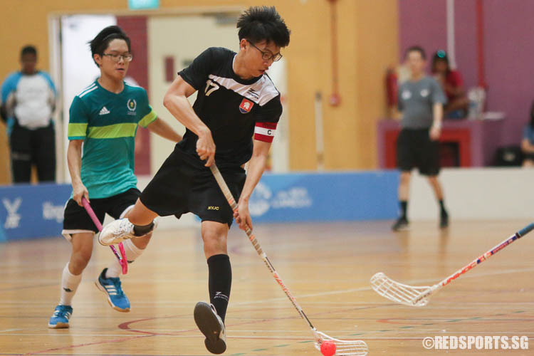 Clement Goh (NYJC #17) scoring a goal. The NYJC captain bagged 4 goals in the victory, accounting for half the goals scored by his team. (Photo © Chua Kai Yun/Red Sports)