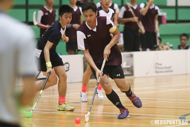 Muhammad Haziq (VJC #23) dribbles the ball towards goal. (Photo © Chua Kai Yun/Red Sports)