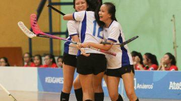 CJC players celebrate their first goal by Clara Mui (#9, left). (Photo © Chua Kai Yun/Red Sports)