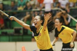 Audrey Tey (VJC #9) runs to her teammates after the final whistle. (Photo © Chua Kai Yun/Red Sports)