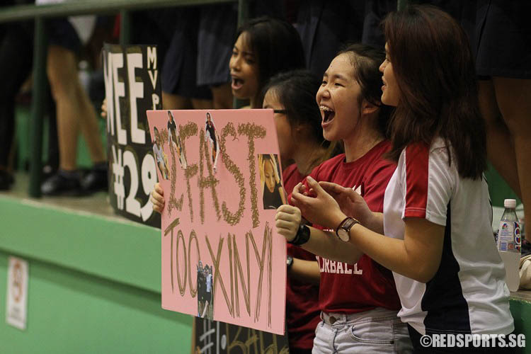 YJC fans raising their banners in great excitement. (Photo © Ryan Lim/Red Sports)