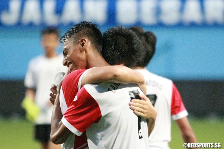 Tanjong Katong celebrate their win. (Photo © Les Tan/Red Sports)