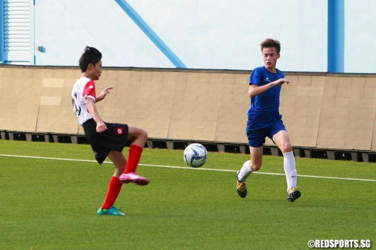 Tanjong Katong (white) beat defending champions Hong Kah 1-0 to secure the National B Division Football Championship. (Photo © Les Tan/Red Sports)