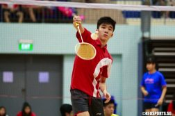 In the 1st Singles of the U-17 final, Darrion Ng of Singapore Sports School beat Chan Mun Heng of Team Advantec 2-0 (11-7, 11-5). (Photo © Les Tan/Red Sports)