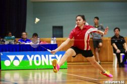 In the U-17 final, Bernice Lim of Sports School beat Cheong Zi Ann of Team NYGH 2-0 (11-5, 11-6). (Photo © Les Tan/Red Sports)