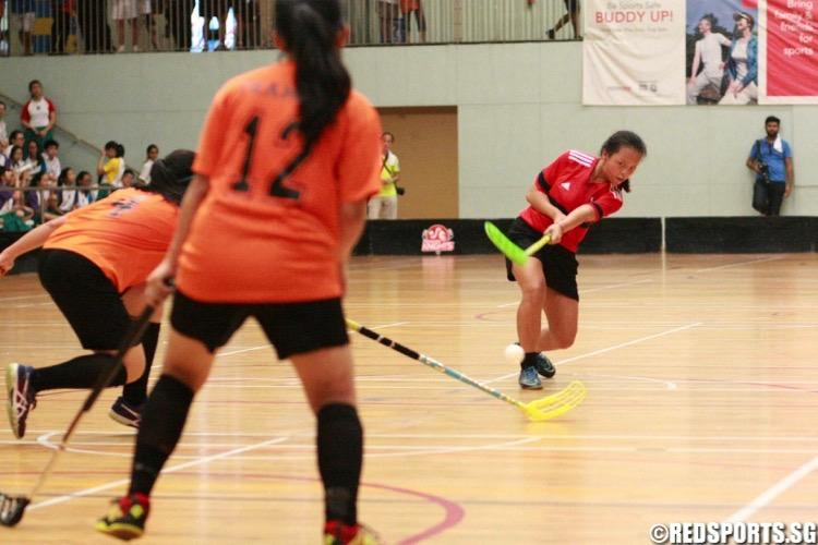 Tanjong Katong (orange) beat St. Margaret's 7-3 to retain the National C Division Girls Floorball Championship. (Photo © Les Tan/Red Sports)
