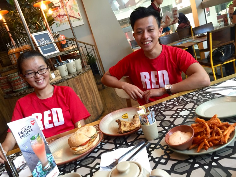 Ryan Lim and Chua Kai Yun at Junction 8 for a meal after covering National Schools Track and Field Championships at Bishan Stadium. (Photo © Les Tan/Red Sports)