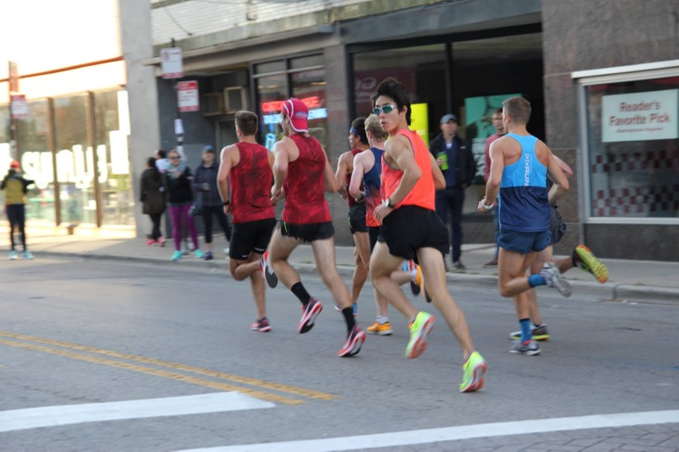 Soh Rui Yong in action during the 2016 Chicago Marathon. (Photo courtesy of Soh Rui Yong)