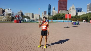 Soh Rui Yong with his finisher medal after a new PB of 2:24:55 at the 2016 Chicago Marathon. (Photo courtesy of Soh Rui Yong)