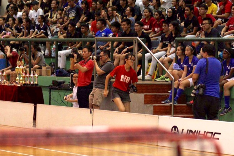 Chua Kai Yun covering the National A Division Floorball Championship finals. (Photo © Ryan Lim/Red Sports)