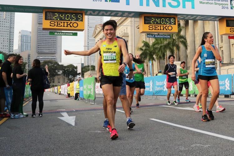 Mok Ying Ren was the fastest Singaporean man at the Singapore Marathon with a time of 2:41:03. (Photo courtesy of Stanchart Marathon Singapore)