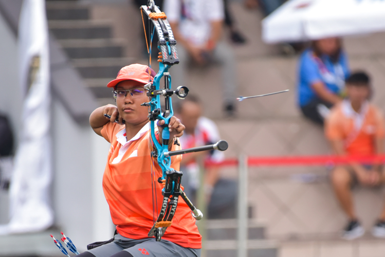Nur Syahidah bte Alim cruised to her second consecutive gold medal in the Women's Individual Compound Open category triumphing Malaysia's Nor Sa'adah Abdul Wahab 140-132.