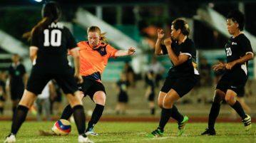 sunig_football_w_sim_nus
