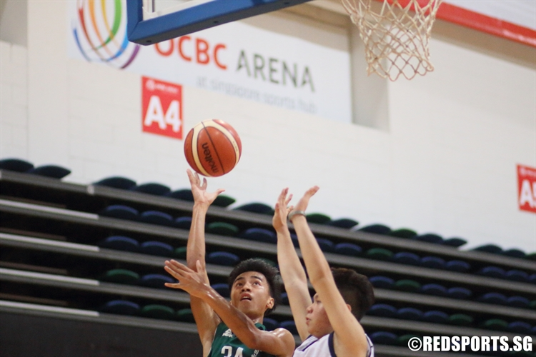 Pan Ming Hui (CHR #34) draws contact on a lay-up attempt. The swingman finished with a game-high 14 points against Guangyang. (Photo 1 © Dylan Chua/Red Sports)