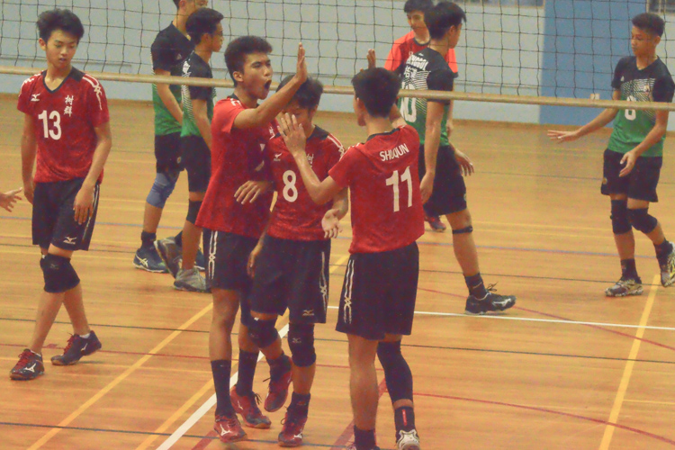 Shuqun players celebrate winning a point. (Photo 1 © REDintern Nathiyaah Sakthimogan)