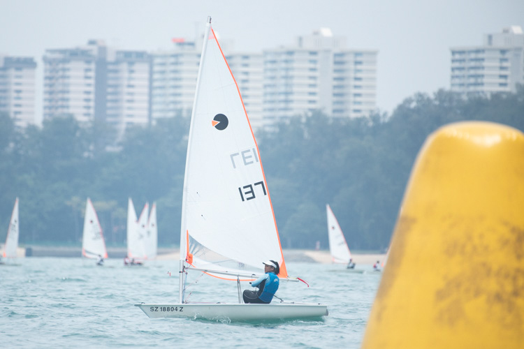 Simone Chen of Nanyang Girls' High School (#137) came in first with a score of eight points in the B Division Girls' Bytes Sailing Championships. (Photo  © Stefanus Ian/Red Sports)