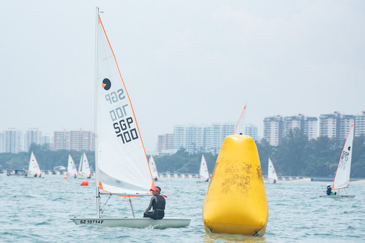 Chloe Chang of Nanyang Girls' High School (#700) came in fourth with a score of 26 points in the B Division Girls' Bytes Sailing Championships. (Photo  © Stefanus Ian/Red Sports)