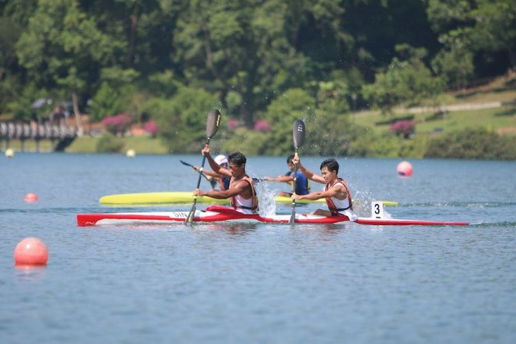 Jovi Jayden Kalaichelvan and Austin Law (NJC) finished 2nd in the A Boys K2 1000m. (Photo 1 by Red Sports reader)