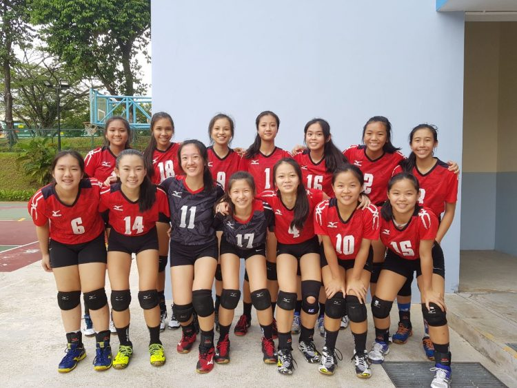 Presbyterian High players pose for a team photo. Photo 1 © Lim Yi Fei/Red Sports)