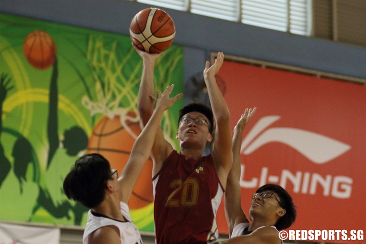 Fredy (SRJC #20) rises for a shot in the paint on his way to a 20-point performance. (Photo 1 © Dylan Chua/Red Sports)
